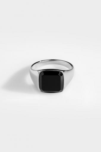 Black Onyx SignatKloke Ring Silver