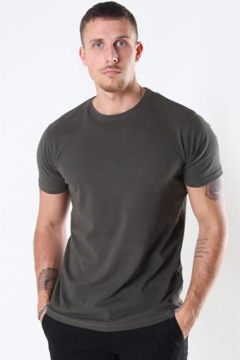 Basic T-shirt Army
